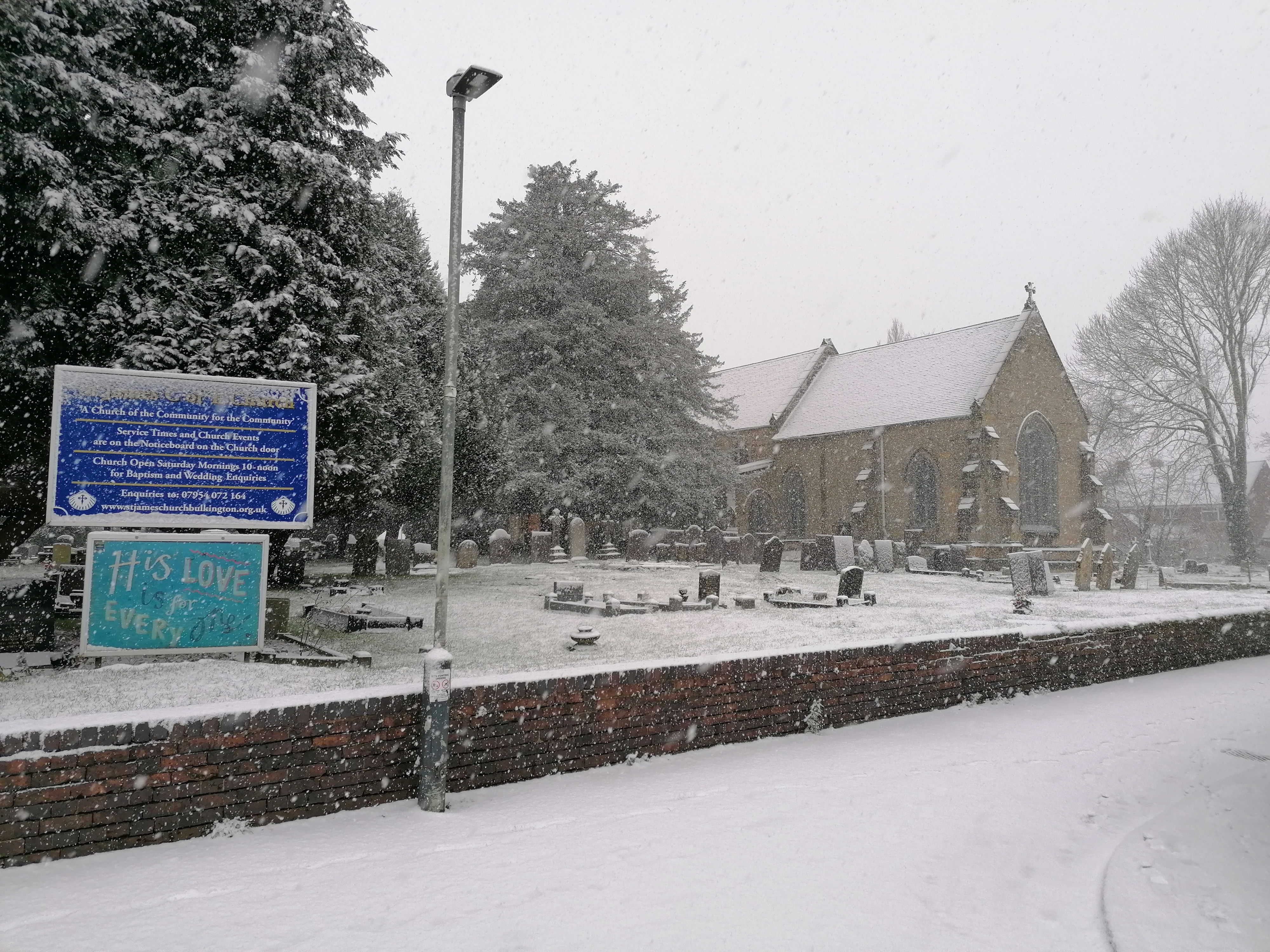 church_snow_2021